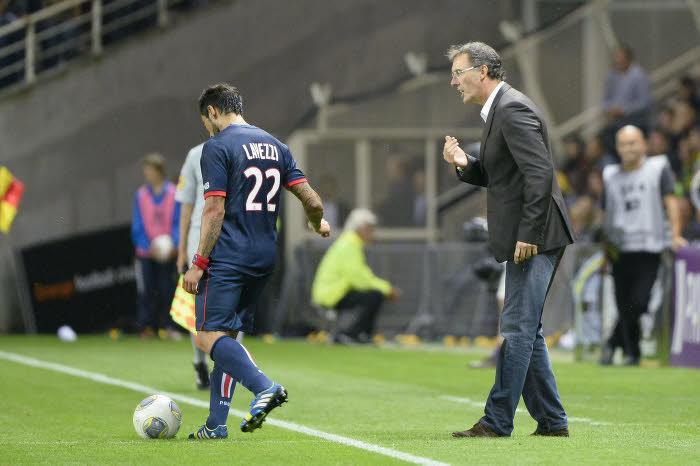 Ezequiel Lavezzi et Laurent Blanc, PSG