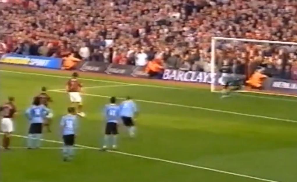 Arsenal : Quand Robert Pires et Thierry Henry se loupaient sur penalty (vidéo)