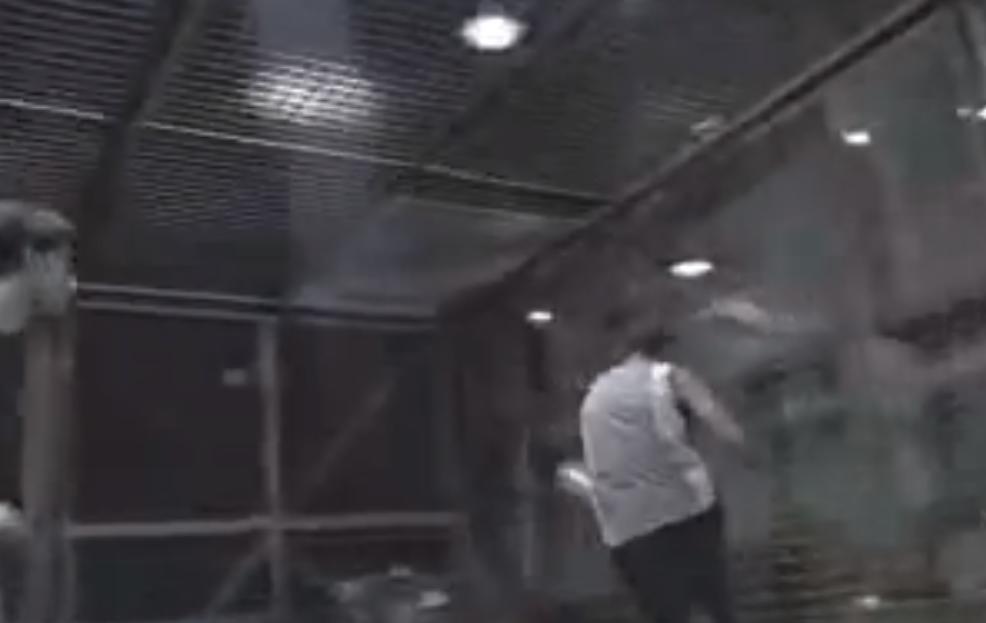 Quand les plus grandes stars du football s'affrontaient dans une cage ! (vidéo)