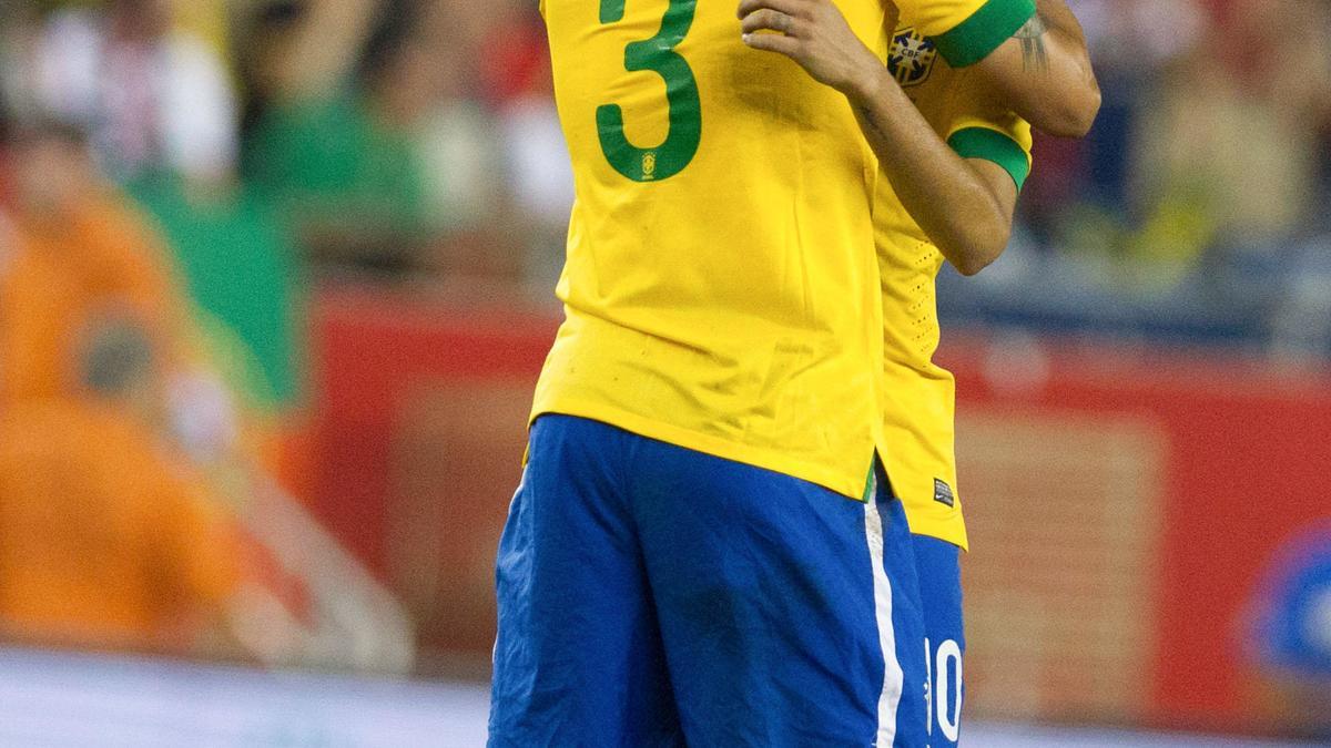 Thiago Silva - Neymar