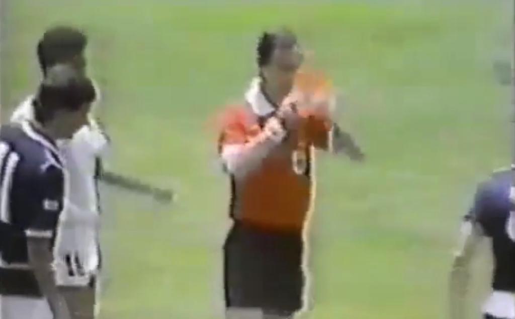 Coupe du monde 1986 : Le carton rouge le plus rapide de l'histoire (vidéo)