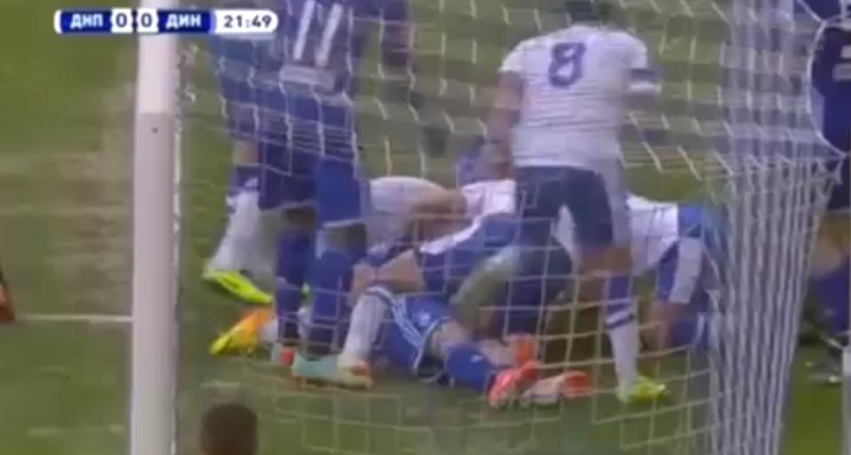 Ukraine : En plein match, il sauve la vie de son adversaire ! (vidéo)