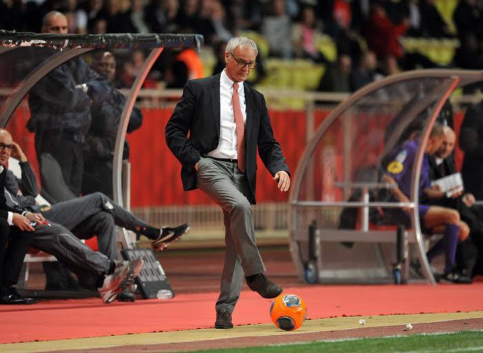 Ranieri réagit aux rumeurs de licenciement !