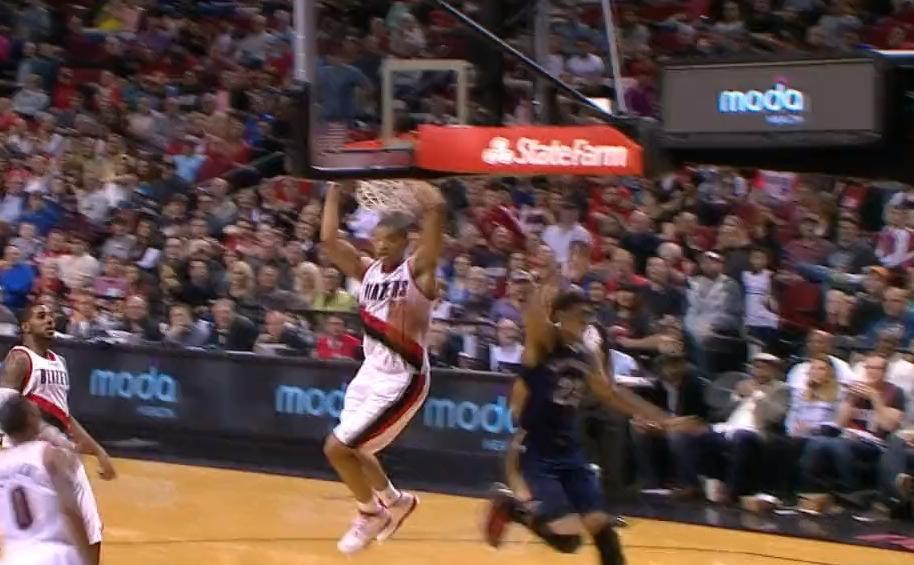 Basket - NBA : Découvrez le Top 10 de la nuit dernière (vidéo)