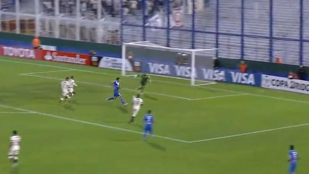 Superbe talonnade en Copa Libertadores (vidéo)