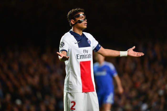 Pierre Ménès réagit aux propos de Thiago Silva !