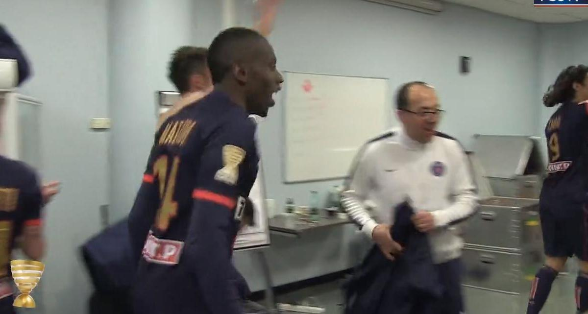 Coupe de la Ligue - PSG : La joie dans le vestiaire (vidéo)