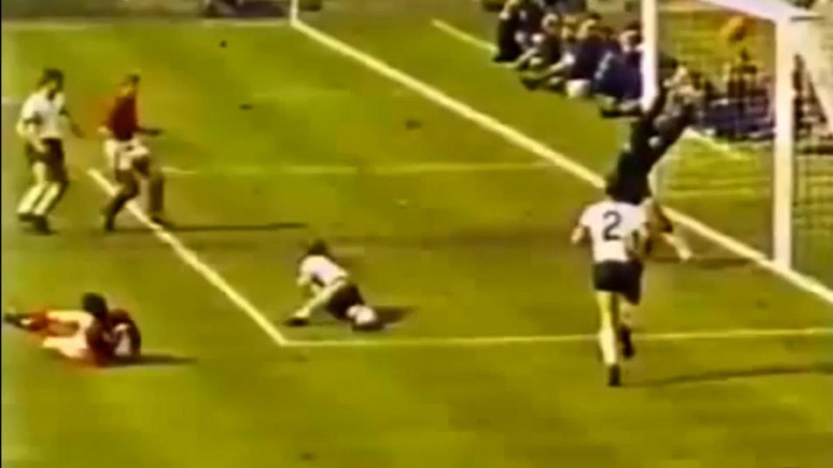 Coupe du monde 1966 : Le but le plus controversé de l'histoire (vidéo)
