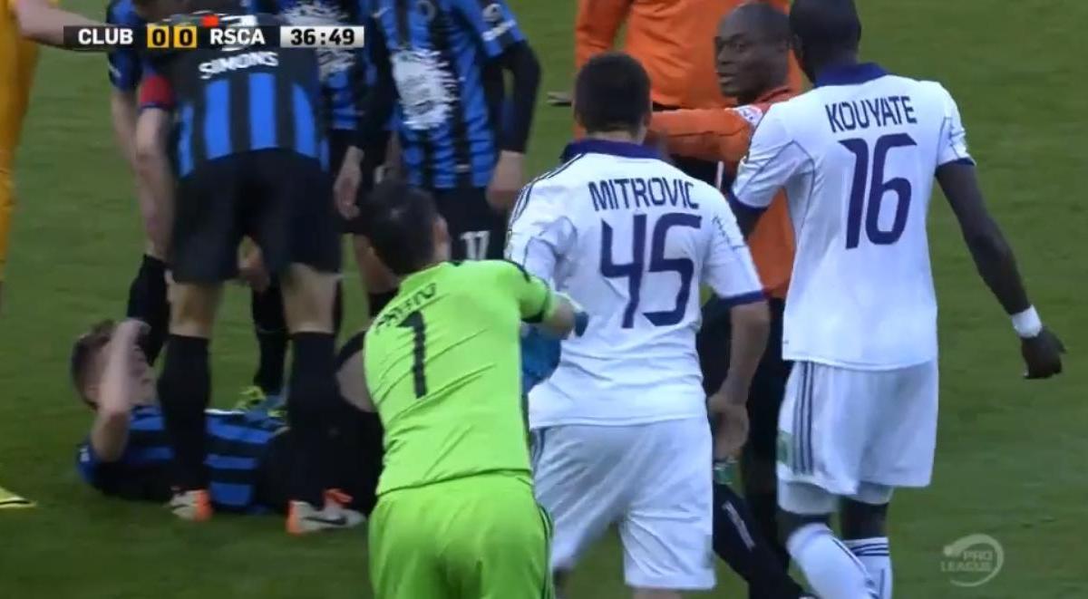 Belgique : Quand Mitrovic pète un plomb (vidéo)