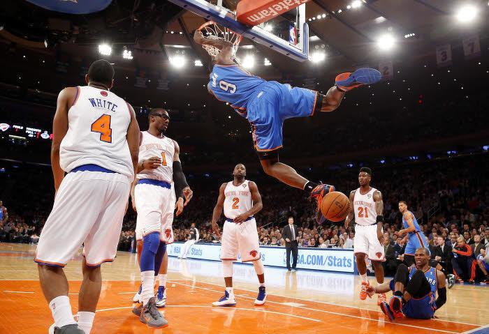 Serge Ibaka, ici au dunk face aux New York Knicks