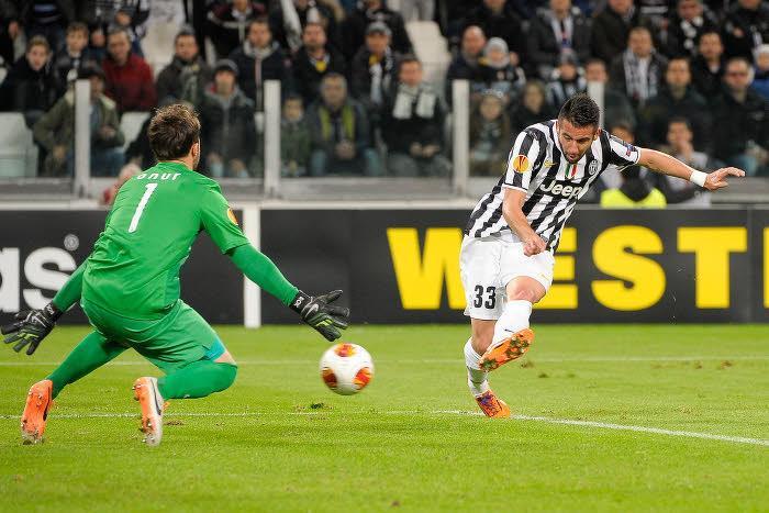 Mauricio Isla, Juventus