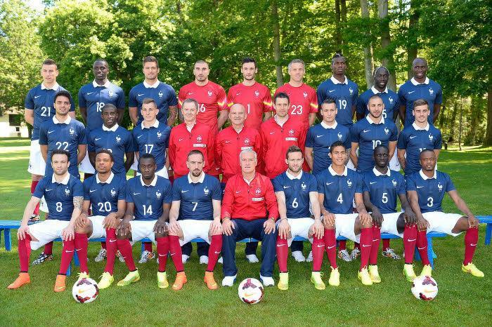Pour Pierre Ménès, le leader de l'équipe de France doit être…
