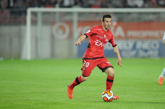 Mercato - Newcastle : Amalfitano reste à Dijon !