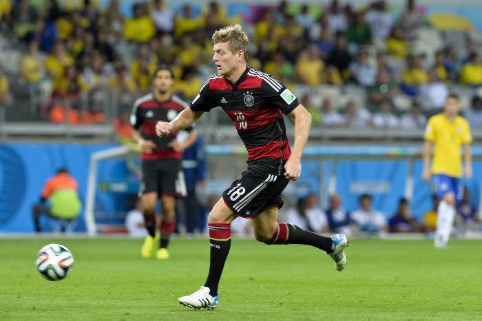 Mercato - Barcelone/Bayern Munich : L'étrange raison qui a poussé le Barça à refuser Toni Kroos...