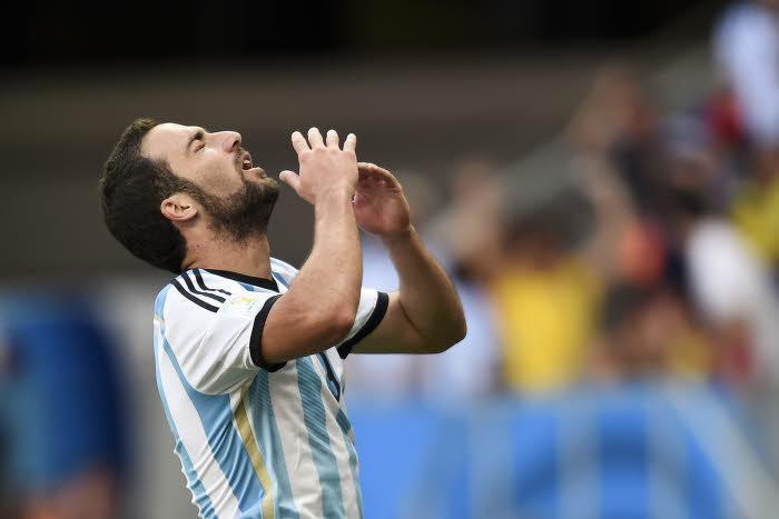 Gonzalo Higuain, Argentine