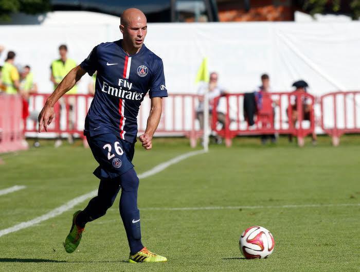 Mercato - PSG/OL : Aulas explique pourquoi Jallet n'est pas encore à Lyon !