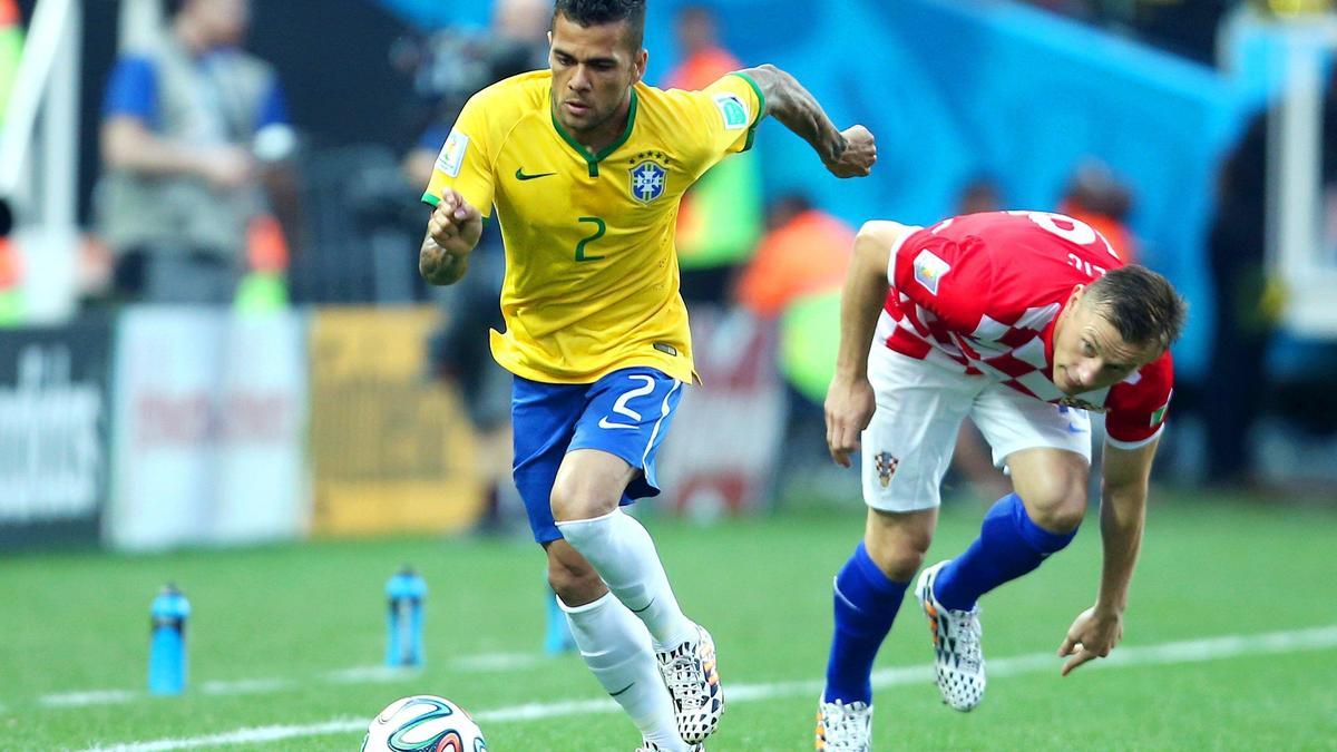 Dani Alves, Brésil.