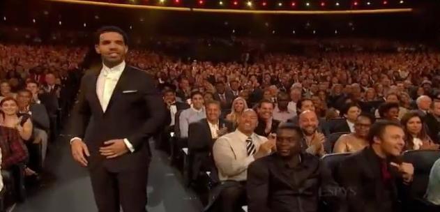 NBA - Vips : Quand Drake se paie Lance Stephenson (vidéo)