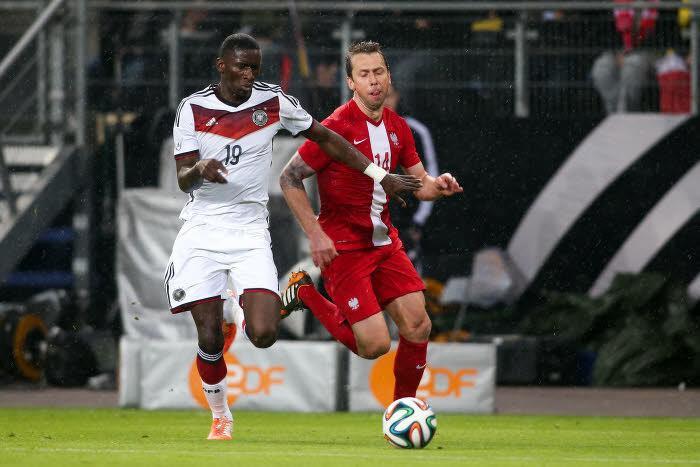 Mercato - Bayern Munich/Milan AC/PSG : Stuttgart évoque le cas Rüdiger