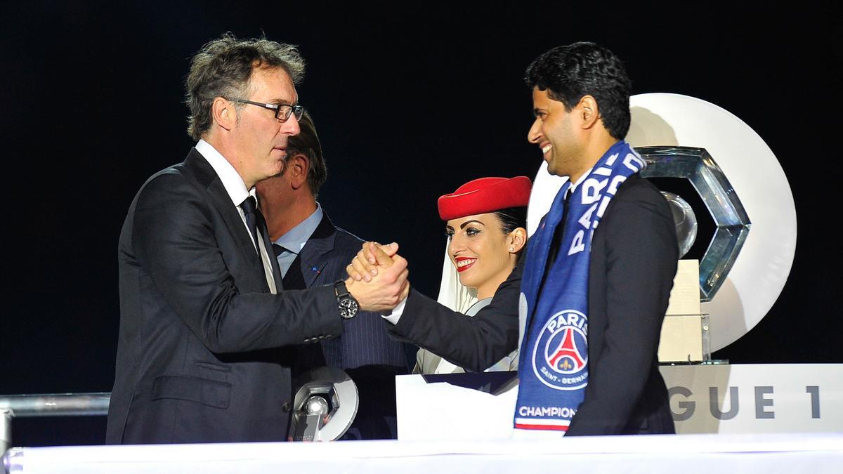 PSG : «Le club ne veut pas se précipiter en licenciant Laurent Blanc»