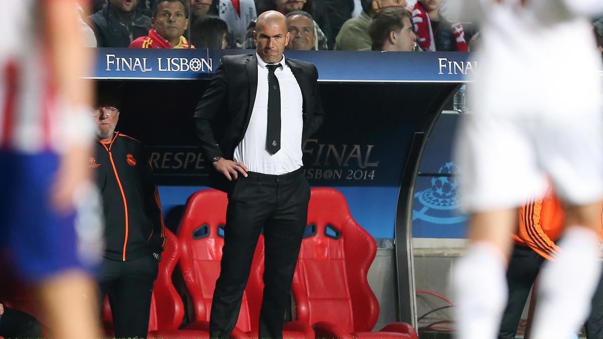 Mercato : Découvrez la première recrue de Zinedine Zidane (vidéo)