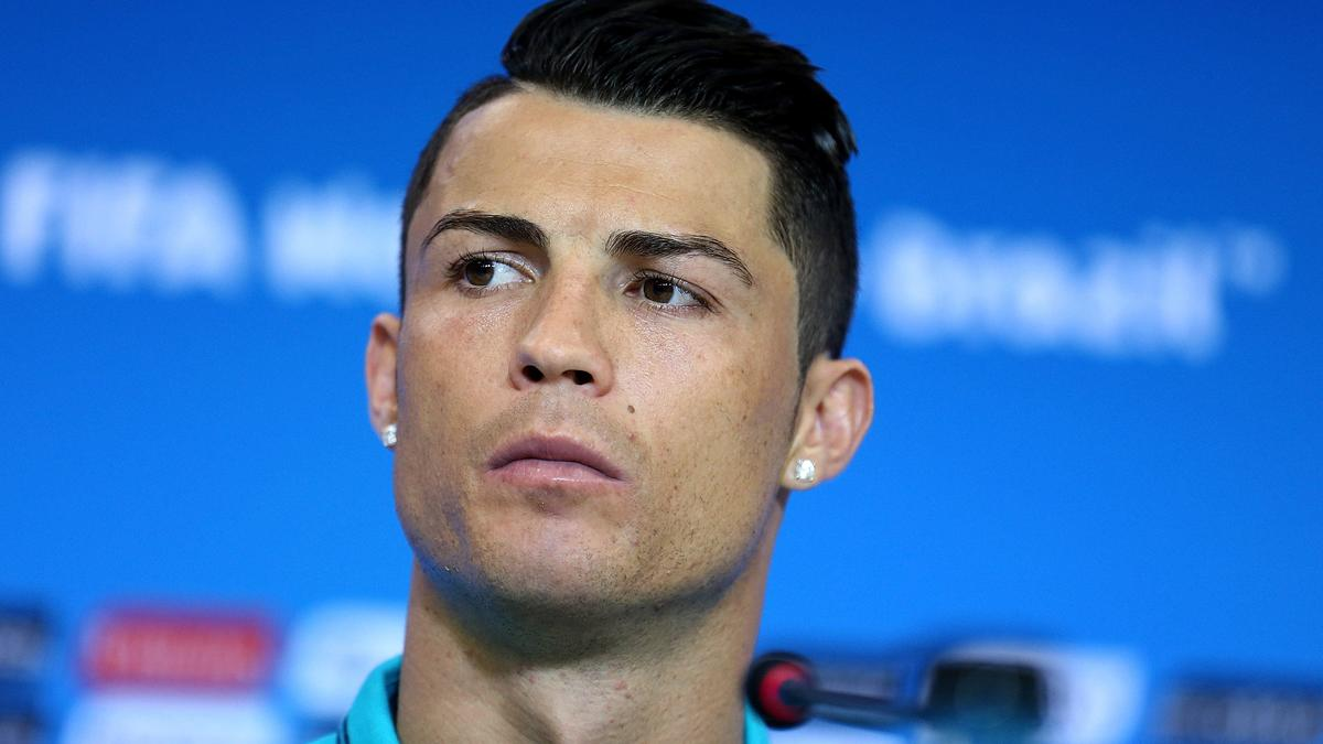 Real Madrid - Insolite : Quand Cristiano Ronaldo se prend pour  Michael Jackson (vidéo)