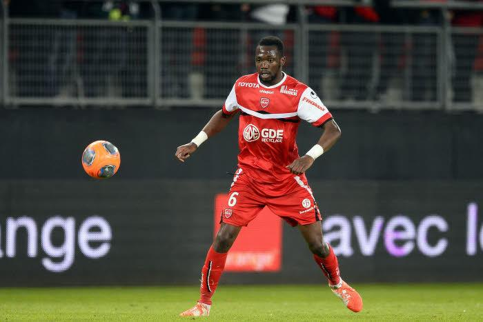 Mercato - Officiel : Tongo Doumbia file à Toulouse