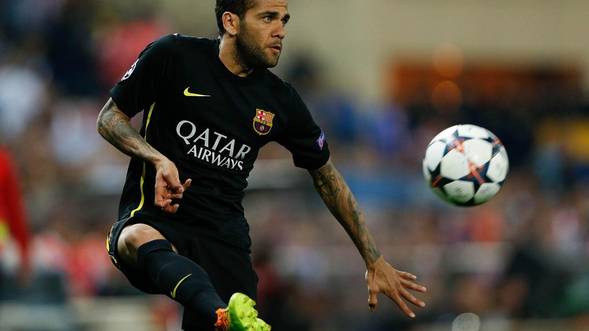 PSG/Barcelone : Réunion au sommet programmée lundi pour Daniel Alves ?