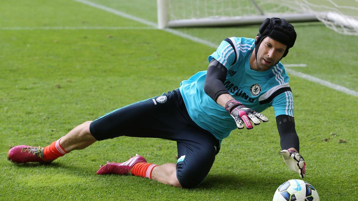 Petr Cech, Chelsea.