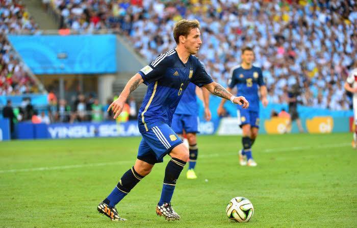 Real Madrid : Un international argentin en cas de départ de Khedira ?