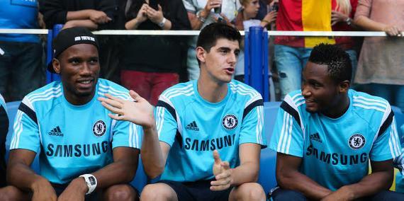 Chelsea : Courtois aurait fixé des conditions à Mourinho...