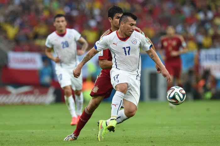 Mercato - Inter Milan : Medel officiellement milanais !