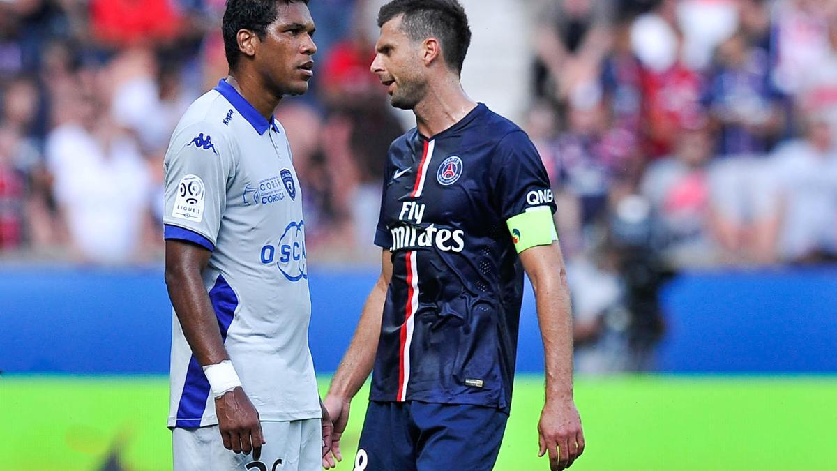 Brandao et Thiago Motta, lors de PSG - SC Bastia