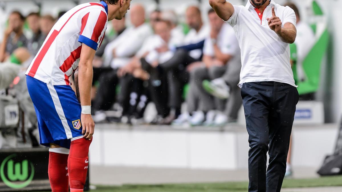 Mercato - Atlético Madrid : Simeone se moque de la politique de recrutement du Real Madrid !