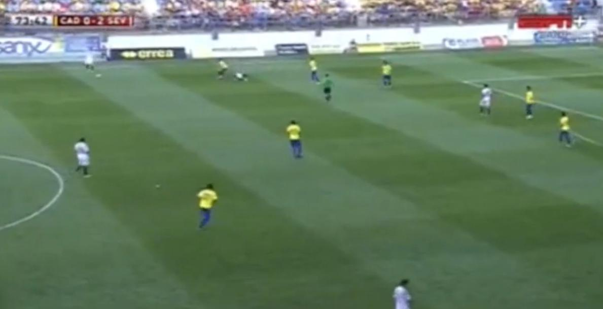 Espagne : Un coup de boule lors d'un match amical (vidéo)