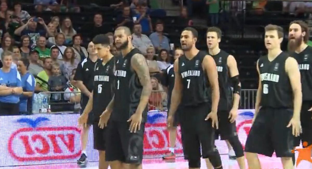 Basket - Insolite : Le Haka de la Nouvelle-Zélande (vidéo)