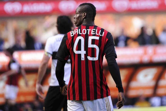 Mercato - Milan AC/Liverpool : Raiola sort du silence et met la pression sur Balotelli !