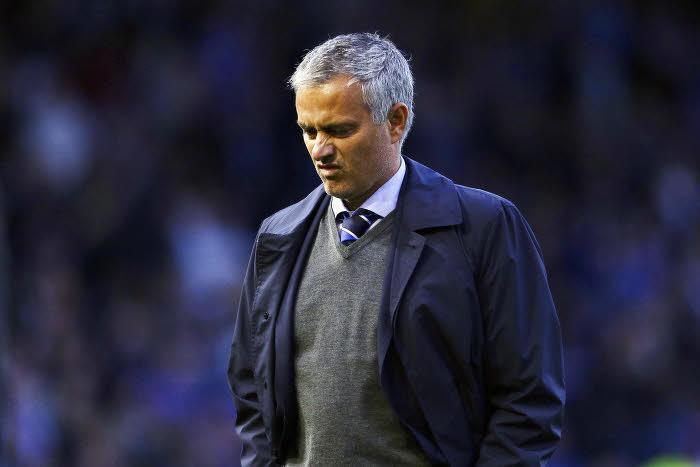 Mercato - Chelsea : Mourinho tenté par le poste de sélectionneur du Portugal ? Il répond !