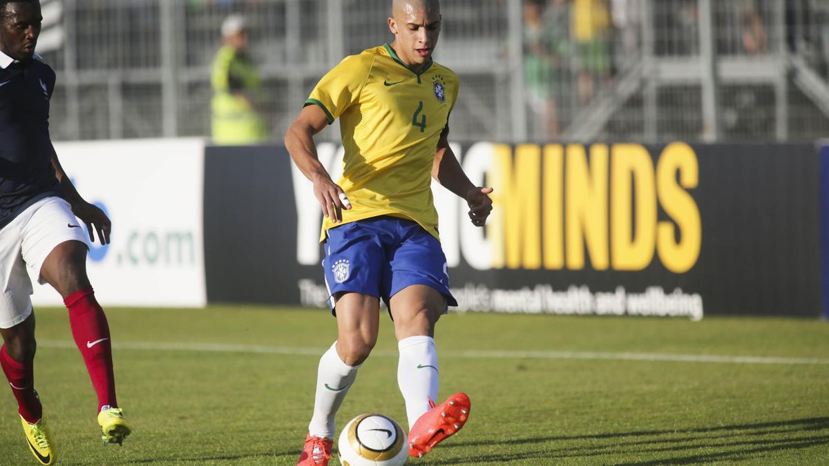 Mercato - OL : Un défenseur brésilien en approche ?