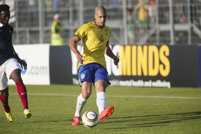 Mercato - OM : Accord total pour la venue d'un défenseur ?