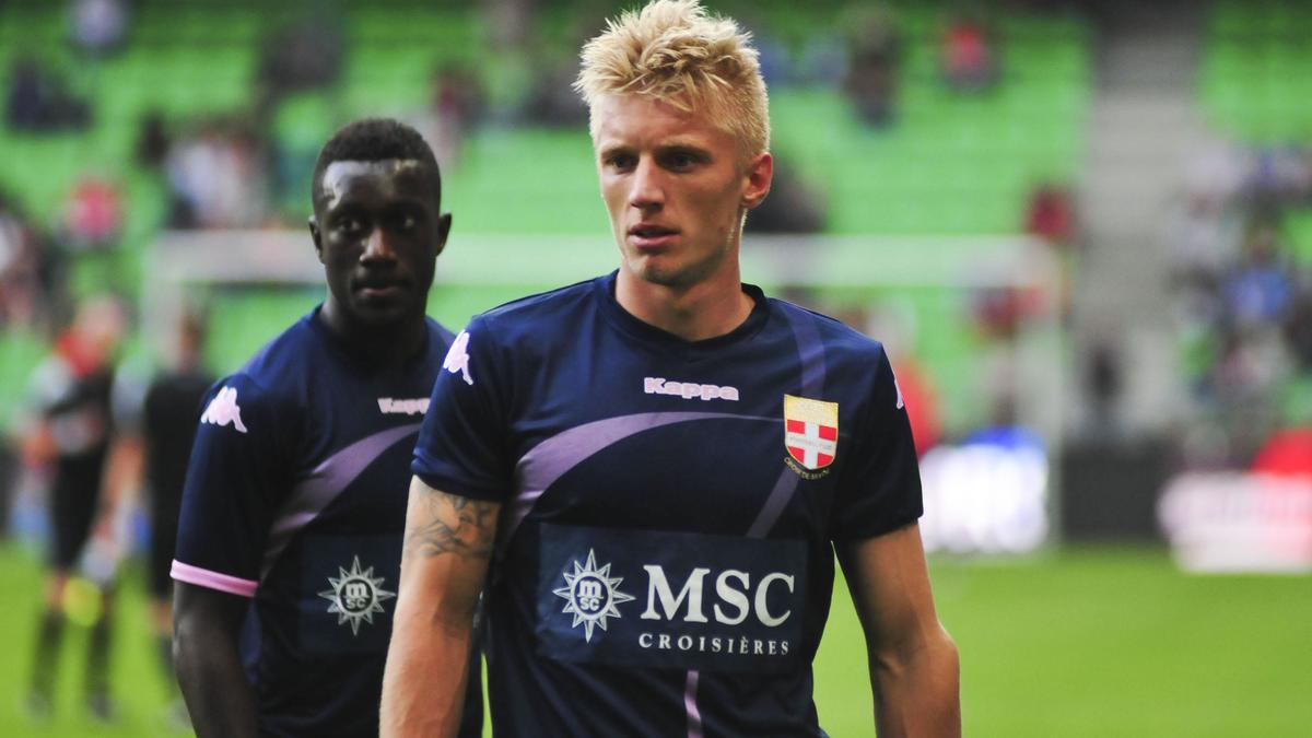 Daniel Wass, Evian TG