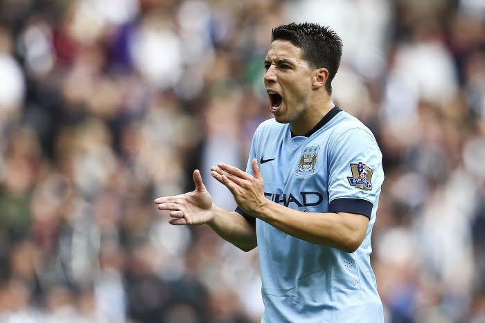 Manchester City : L'équipe de rêve de Samir Nasri (vidéo)