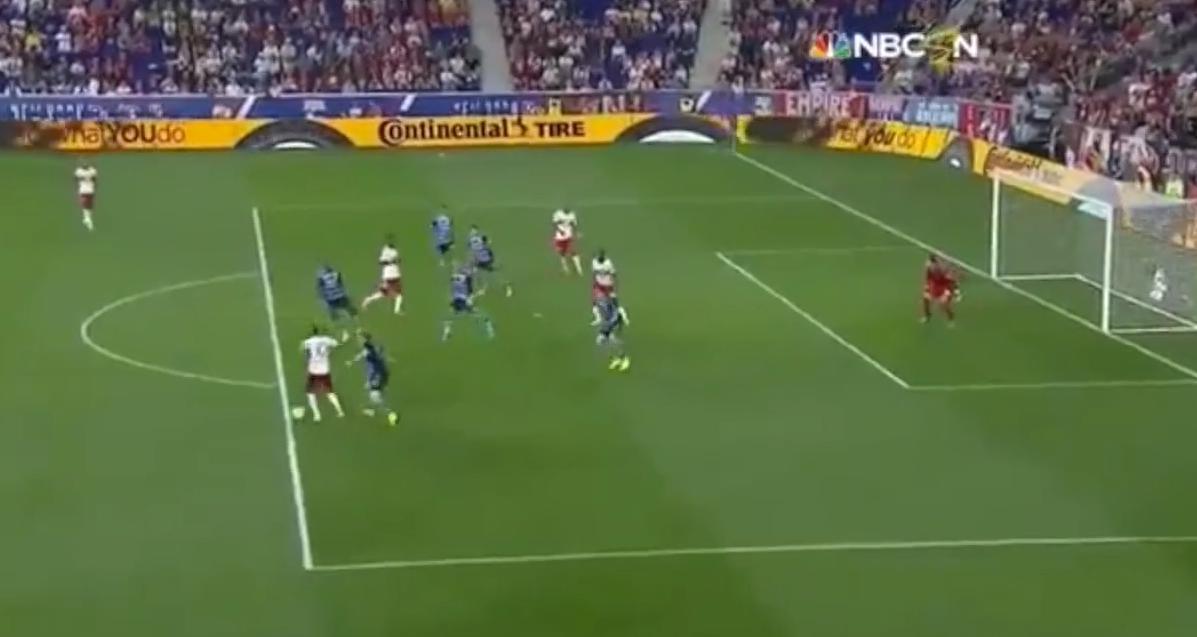 Le superbe but de Thierry Henry (vidéo)