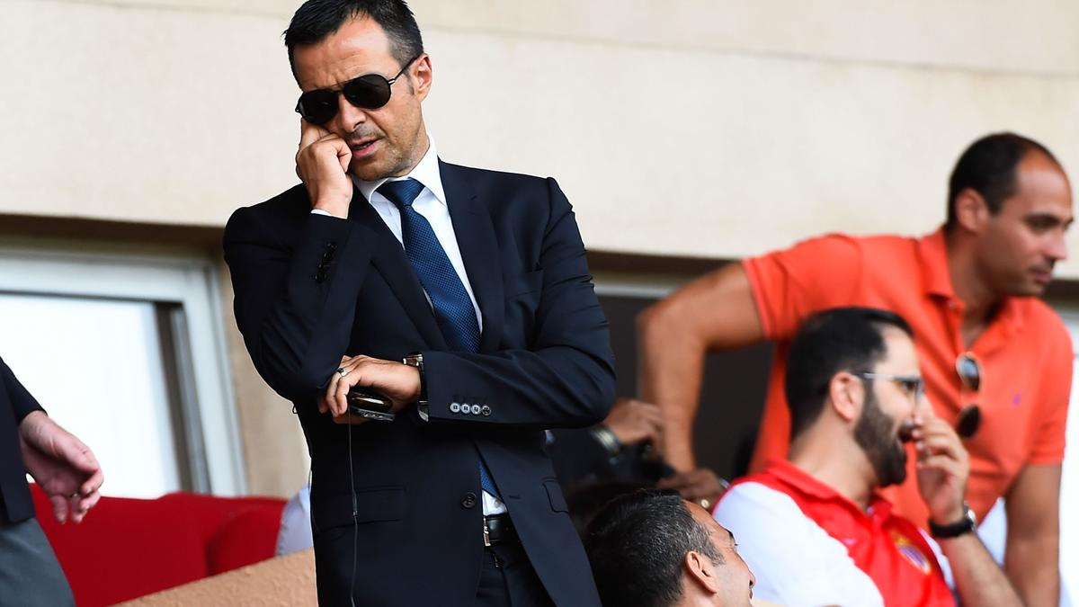 Mercato - Real Madrid : Falcao, Mourinho… L'auteur d'un livre sur Jorge Mendes se confie !