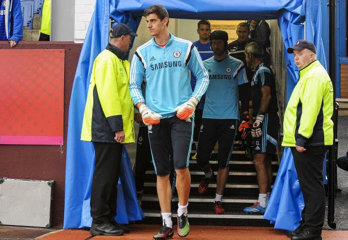 L'indication de Mourinho sur l'avenir de Cech et Courtois !