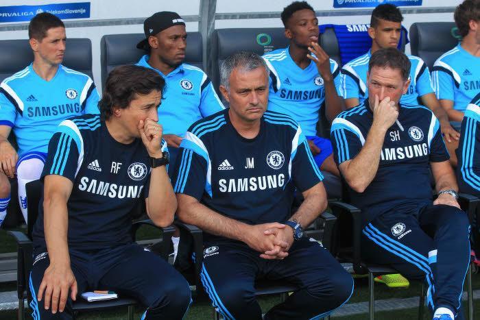Mercato - Chelsea : Cette phrase étonnante d'un dirigeant des Blues sur l'avenir de Mourinho !