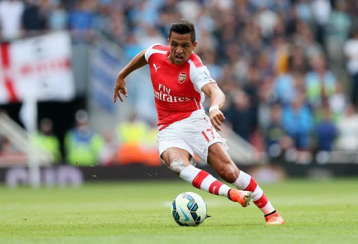 Arsenal : Le magnifique coup franc d'Alexis Sanchez qu'il faut absolument avoir vu ! (vidéo)