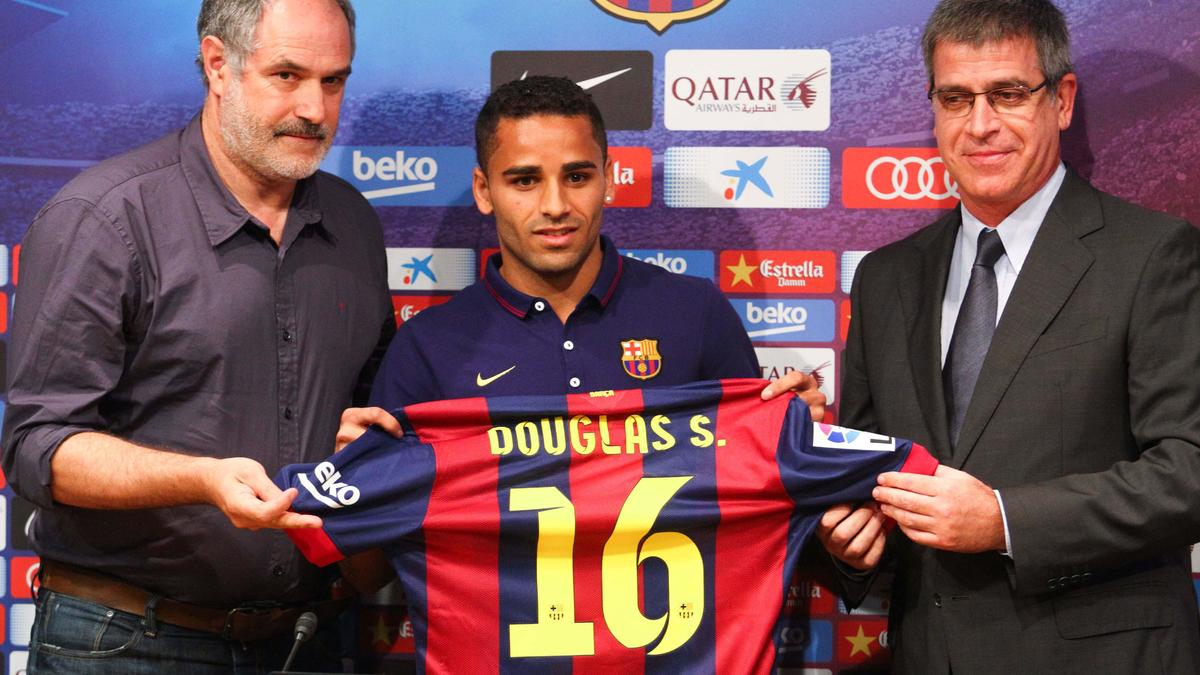 Douglas, Barcelone