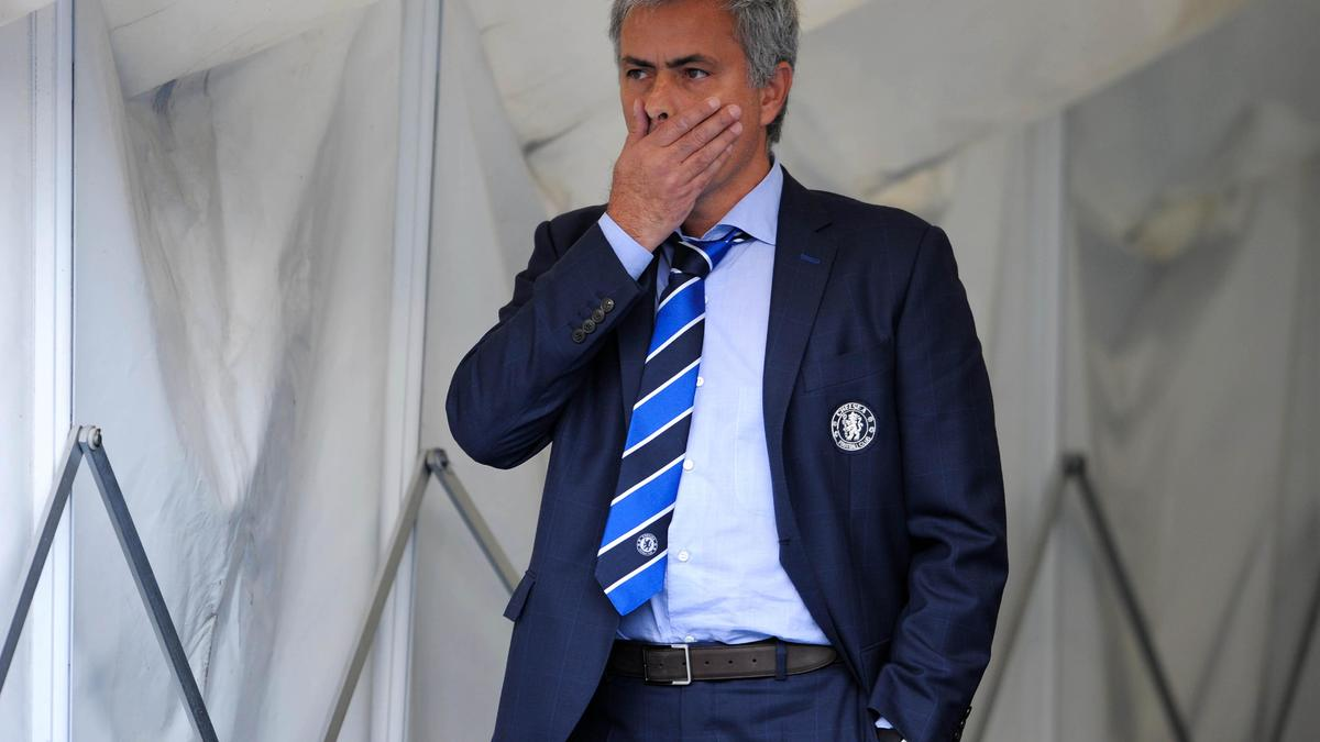Le nouveau show de Mourinho contre l'arbitrage !