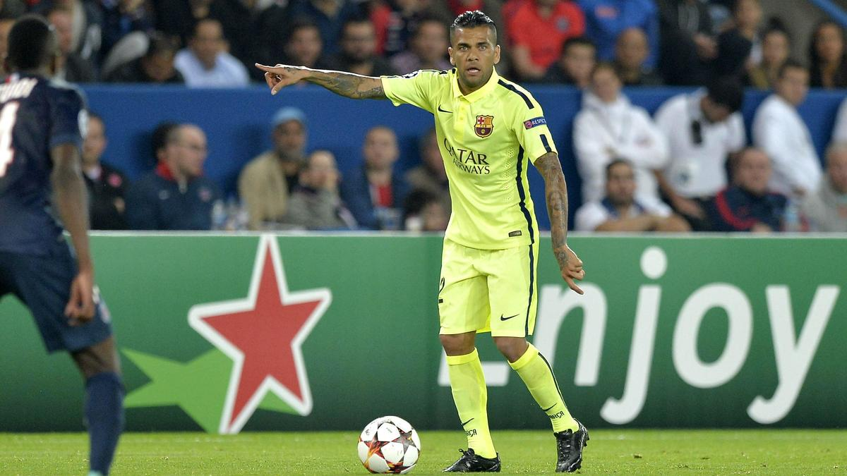 Daniel Alves, Barcelone